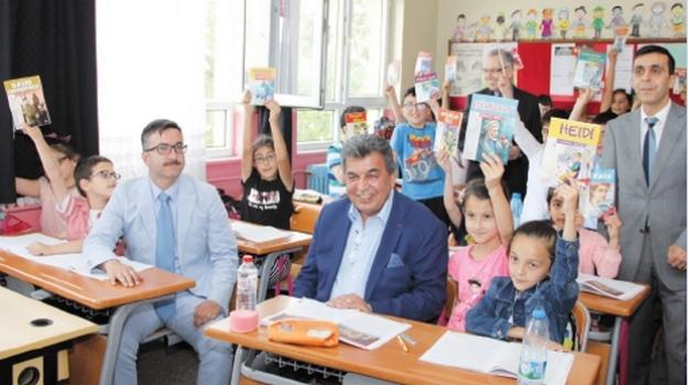 """ÇOSB'den 'Kaybolan Değerlerimizi Kitaplarda Bulalım"""" projesine destek"""