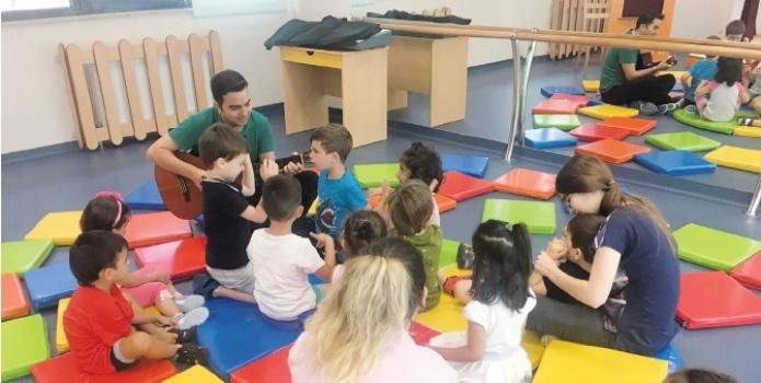 Özel ÇOSB Kreş ve Gündüz Bakımevi'nde beden eğitimi ve müzik dersleri verilmeye başlandı