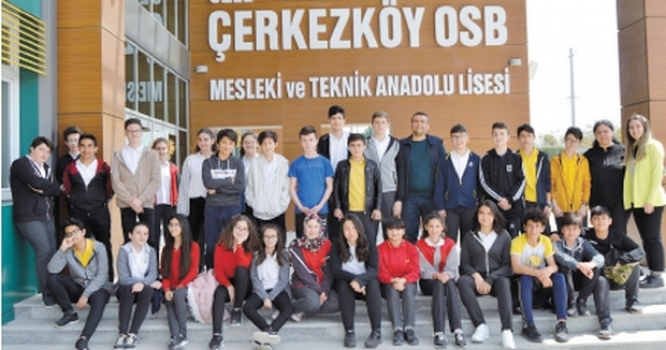 Kapaklı'daki ortaokul öğrencilerine Mesleki ve Teknik Anadolu Lisesi tanıtıldı