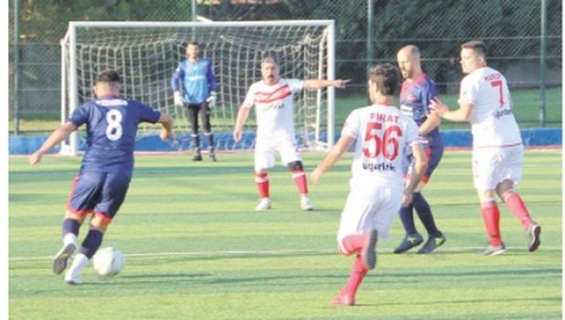 Geleneksel ÇOSB Futbol ve Tenis Turnuvaları başladı
