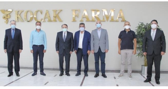 ÇOSB Yönetim Kurulu Covid-19'a karşı yerli ilaç üreten Koçak Farma'yı tebrik etti