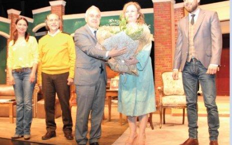 ÇOSB Konferans Salonunda 'İkinci Bölüm' tiyatro oyunu sahnelendi…