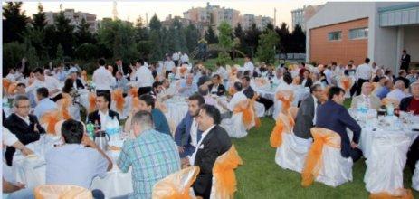 ÇOSB'den geniş katılımlı iftar yemeği