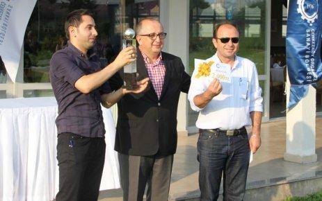 Futbol ve Tenis Turnuvası'nda kupa ve ödüller verildi