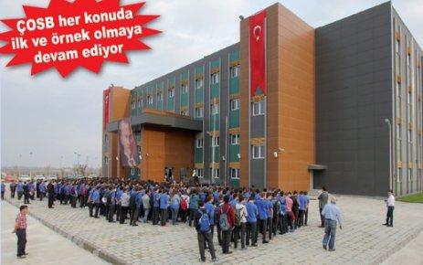 Özel ÇOSB Mesleki ve Teknik Anadolu Lisesi yeni binasında