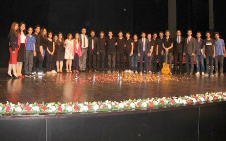 Özel ÇOSB Mesleki ve Teknik Anadolu Lisesi yıl sonu etkinliği