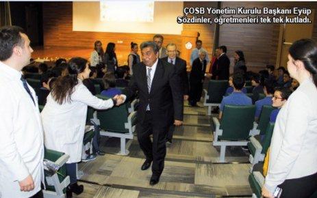 Özel ÇOSB Mesleki ve Teknik Anadolu Lisesi'nde Öğretmenler Günü kutlaması