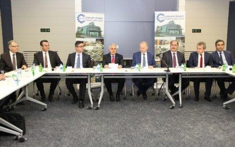 Tekstil sektörü ve akademisyenler Çerkezköy OSB'de bir araya geldi