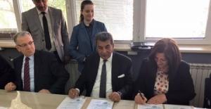 ÇOSB Yönetimi'nden Makedonya'ya kardeş okul ziyareti